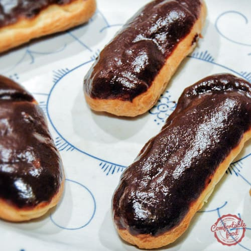 Traditional chocolate eclairs 1 square