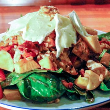 Spinach Salad with Chicken, Brie, Bacon