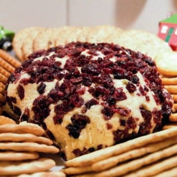 Cheddar cranberry cheese ball