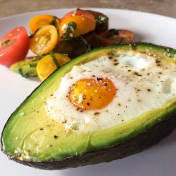 Baked eggs and avocado 2